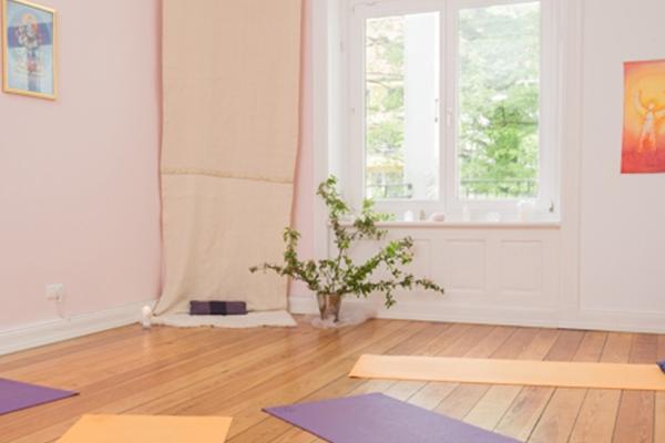 lichtregen-yoga-studio-hamburg